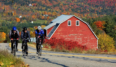 The Quiet roads outside of Warren Vermont offer brilliant fall foliage and pristine riding