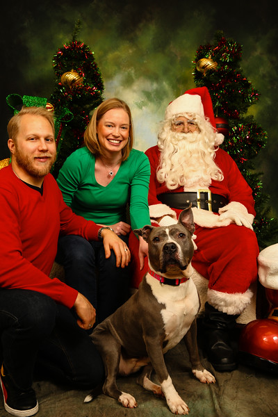 2014 Camp Bow Wow Eatontown - Pictures with Santa