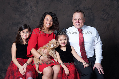 Family Portraits Ccreative Images Photography  Oscar G 12.2019