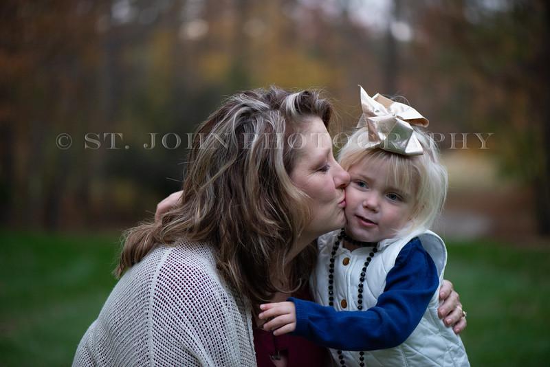 2019 November Ellis Family-74-2-36.jpg