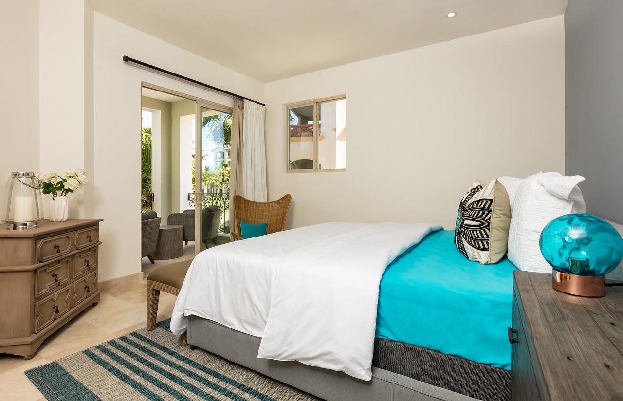 LaPaz-Paraiso_Residence-3BR_Condo-E_201-Master_Bedroom-3707