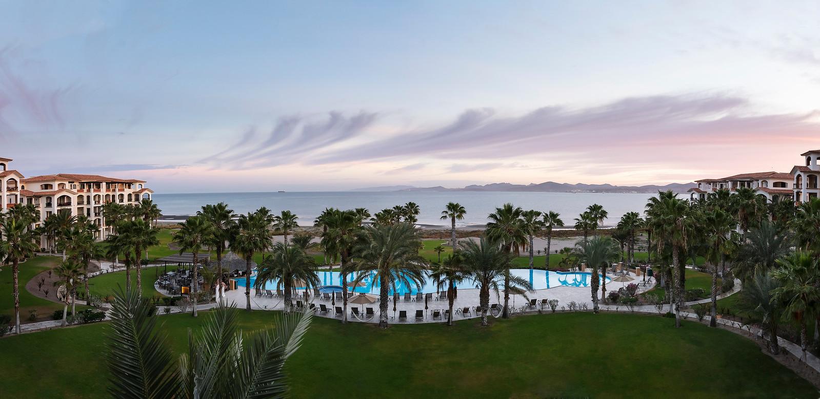 LaPaz-Paraiso_Resort-PoolShot-Sunrise-Panorama