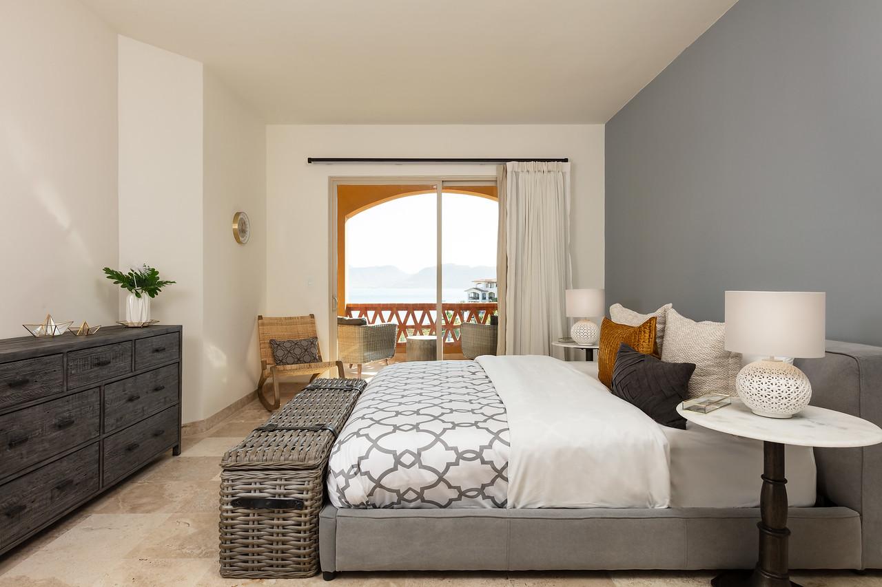 LaPaz-Paraiso_Residence-2BR_Condo-D_502-Master_Bedroom-3285