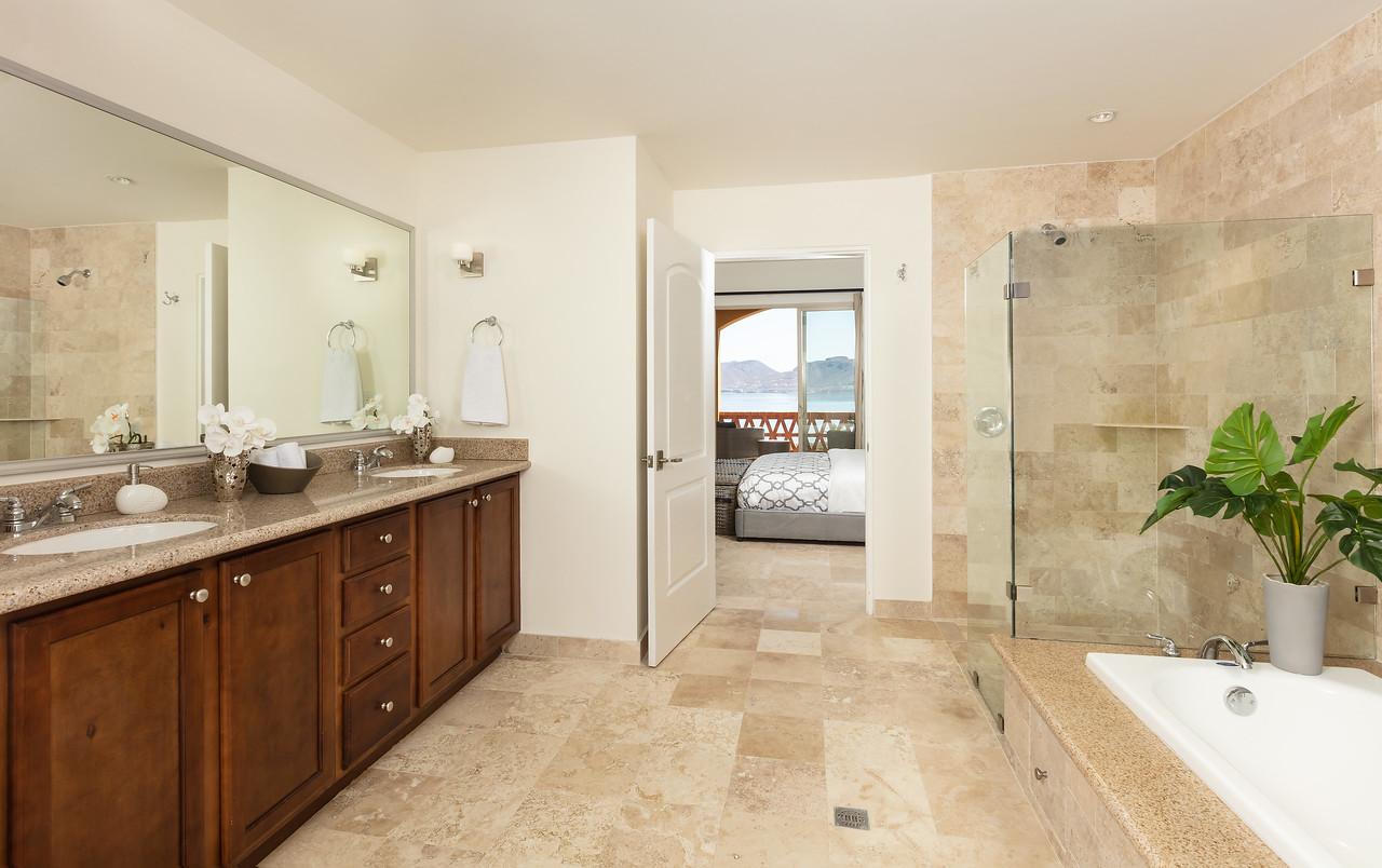 LaPaz-Paraiso_Residence-2BR_Condo-D_502-Bathroom-3406