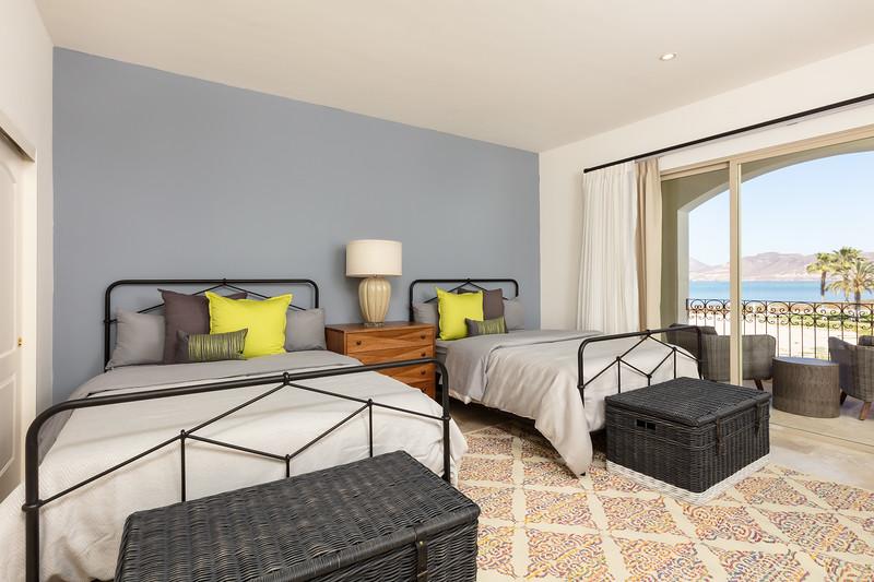 LaPaz-Paraiso_Residence-3BR_Condo-E_201-Bedroom3-3631