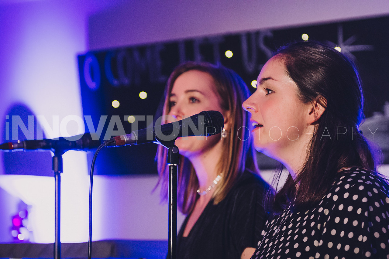 38-iNNOVATIONphotography-Parklands-Carol-Service_INN3659