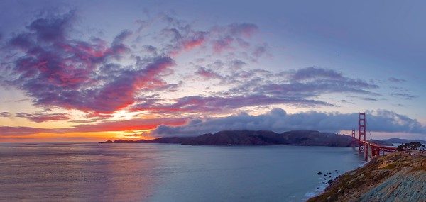 Panorama of the Golden Gate Bridge and a beautiful sunset