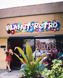 2013-0914-planet-retro-3