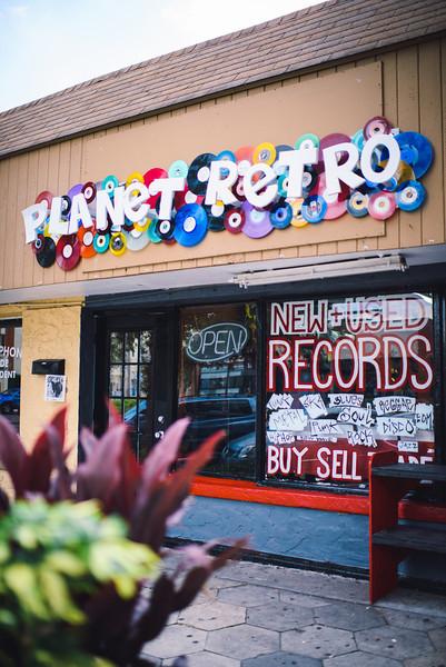 2013-0914-planet-retro-5