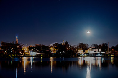 Moonrise over Warren. Warren, Rhode Island  © Brian Glantz