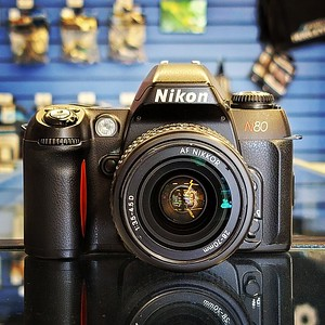 Nikon N80 with 28-70mm 3.5-4.5D