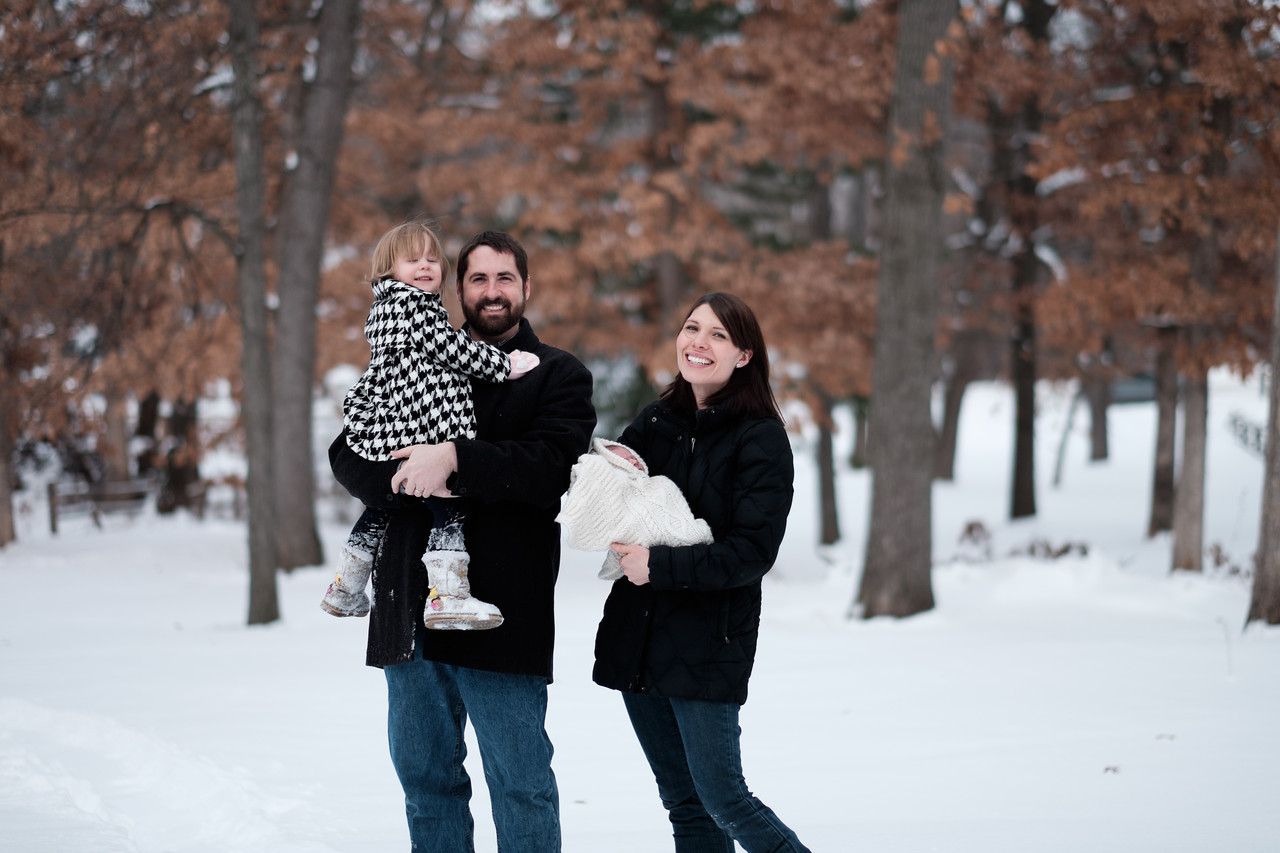 An unposed newborn and family lifestyle portrait session near Rockford, IL.