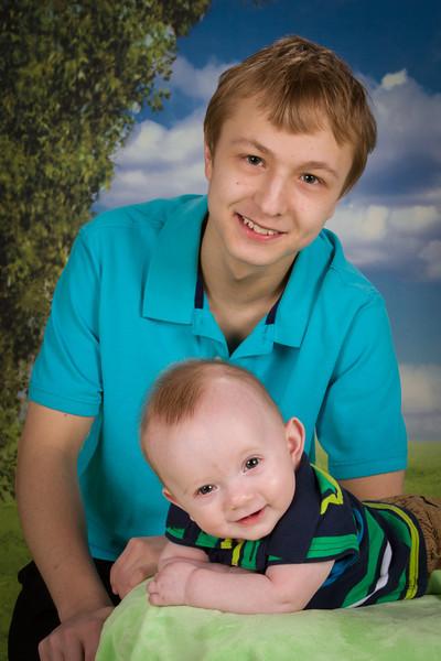 2013-Joey & Dylan-Apr21-2909-5
