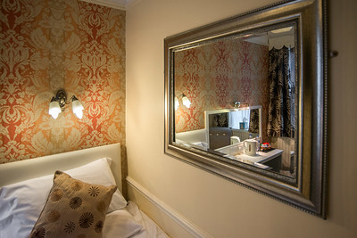 iNNOVATIONphotography-Home-Whisperers-WHHotel-room-3-1355