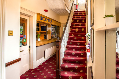 6-iNNOVATIONphotography-property-photographer-Swansea-Home-Whisperers-White-House-Hotel-5091