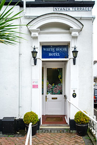 3-iNNOVATIONphotography-property-photographer-Swansea-Home-Whisperers-White-House-Hotel-5116