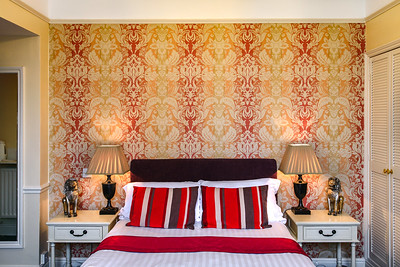 10-iNNOVATIONphotography-property-photographer-Swansea-Home-Whisperers-White-House-Hotel-4670