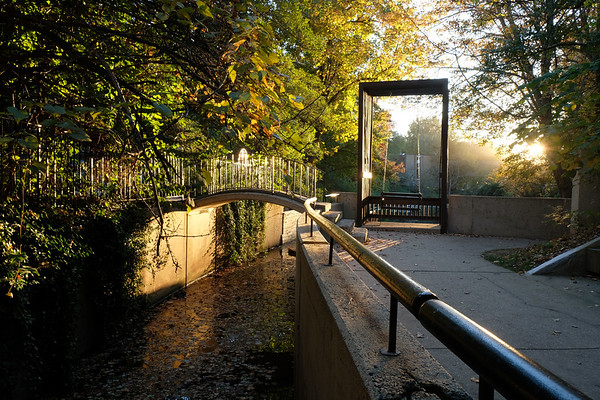 02-Lake-Anne-canal-swing-03-Charlotte-Geary