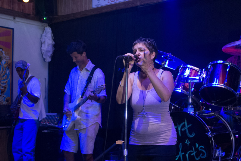 Helen Klonaris performing.
