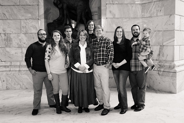family-portraits-ut-state-capitol-814381