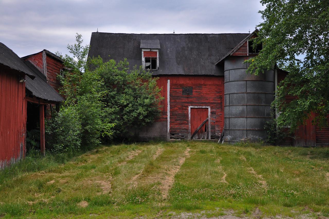 Red Barn - Brookline VT