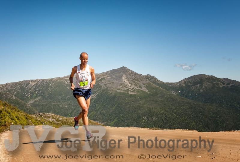 Joe Gray, 2nd Place at mile 5