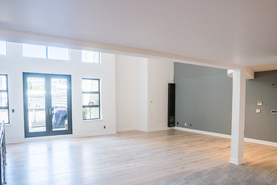 Real Estate -02289-HDR