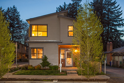 2273 SE 77th Twilight-1
