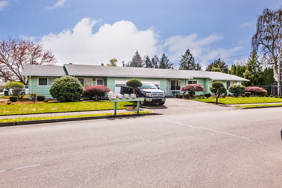 2740 22nd Ave-3
