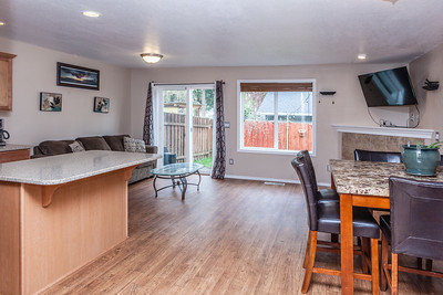 735 N Pine Canby-9