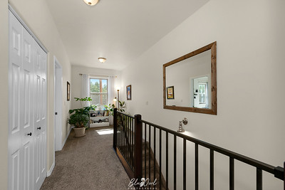 701 Valley View-19