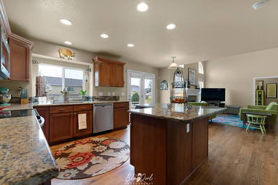 8856 Country Creek-12