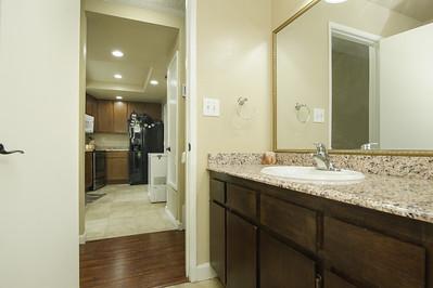bathroom (1 of 1)