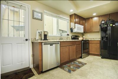 kitchen (1 of 2)