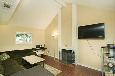 Livingroom (1 of 3)