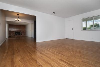 livingroom (2 of 2)