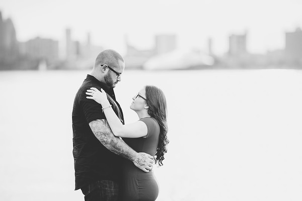 becca-anthony-engagement-downtown-detroit-belle-isle (3)