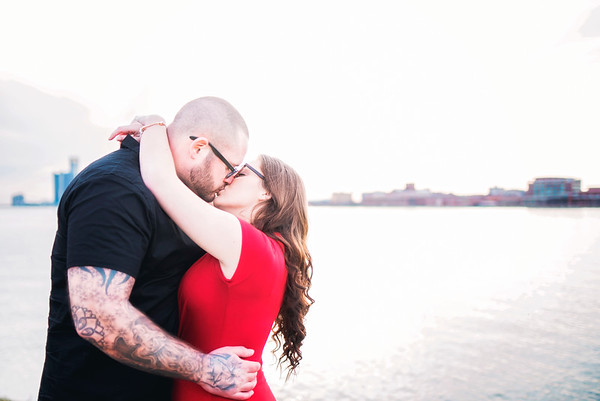 becca-anthony-engagement-downtown-detroit-belle-isle (10)