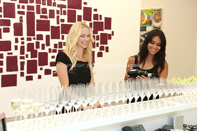 1209223-037     The reception for the inaugural exhibition at Regen Projects' new Hollywood gallery on Saturday, Sept. 22, 2012, in Los Angeles, Calif. (Courtesy, Regen Projects, Los Angeles © Ryan Miller/Capture Imaging)
