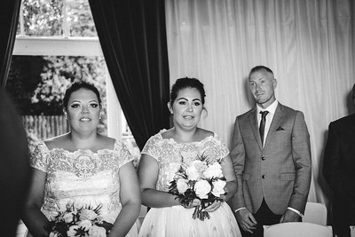 238-iNNOVATIONphotography-wedding-photographer-Swansea-Rhianydd-David-wedding-853838