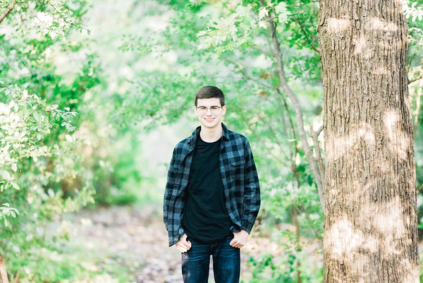 richard-senior-session-heritage-park-intrigue-photography-0017