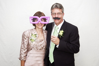 Nichole & Keith Richards Wedding Photo Booth