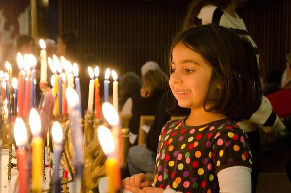 Chanukah 2012-5711