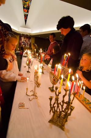 Rodef Sholom Hanukkah 2011-0041