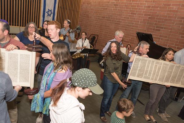 Rodef Sholom Simchat Torah 20150081