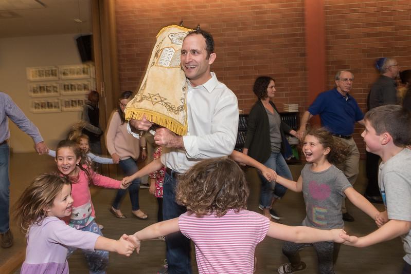 Simchat Torah4540