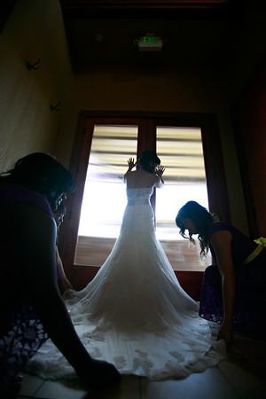 2.Girls Getting Ready