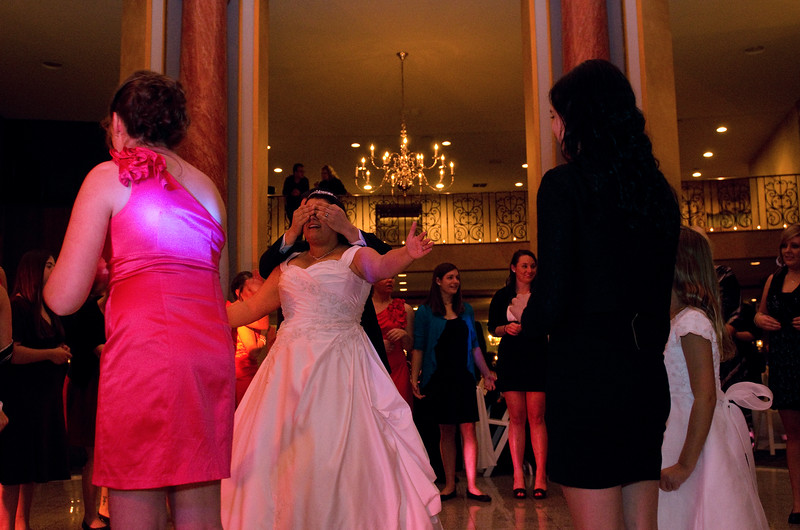 Rotunda_Waukesha_Wedding_CaitlinChad921
