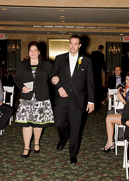 Rotunda_Waukesha_Wedding_CaitlinChad490