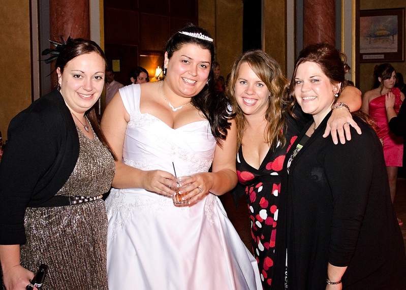 Rotunda_Waukesha_Wedding_CaitlinChad1121